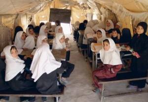 علاقه به آموزش دختران در میان بسیاری از خانواده ها دیده می شود، اما هنوز راه درازی در پیش است.