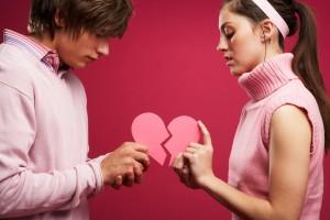عشق انسانی بیش از آنکه هنر دلبری باشد، هنر دلداری است.